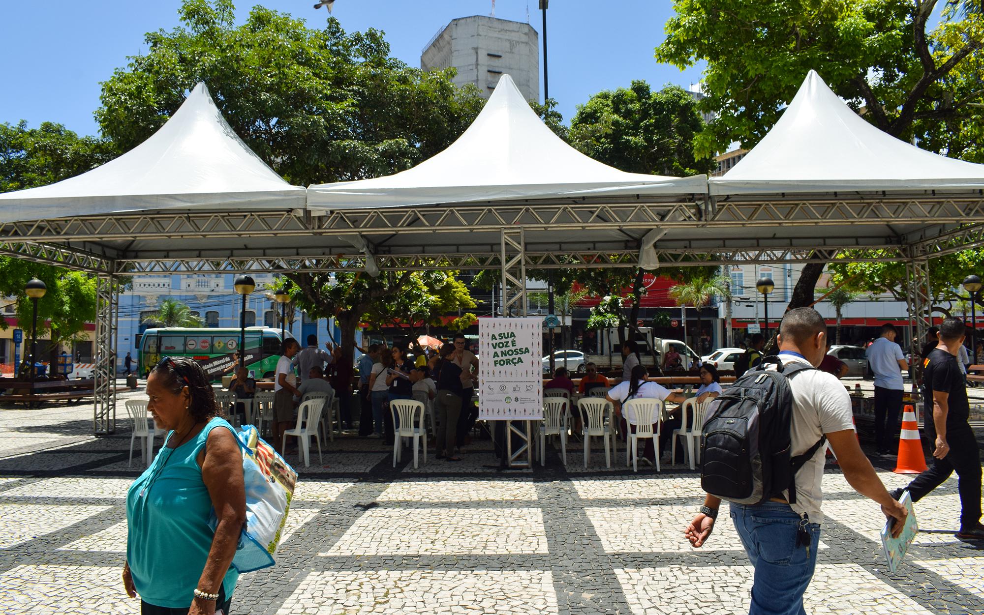 Ouvidoria na Praça realiza prestação de serviços à população