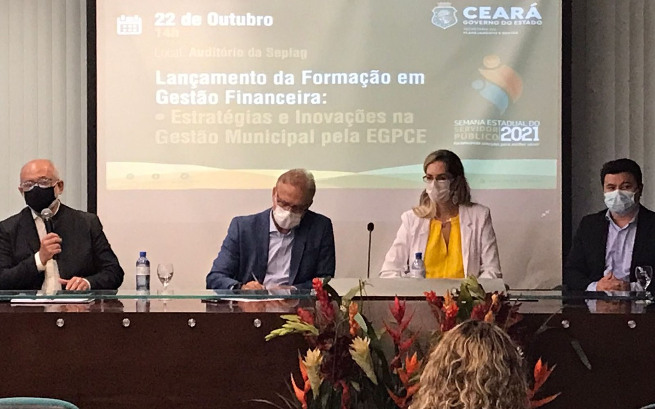CGE participa de lançamento de Formação em Gestão Financeira